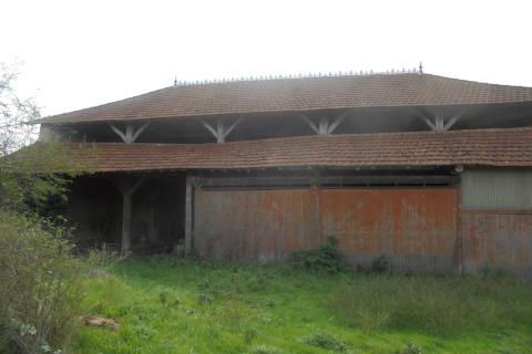 Grange + terrain 1300 m²