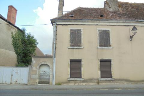 Maison à Neuvy Saint Sépulchre