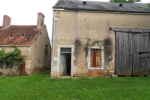 Grange à restaurer à Fougerolles